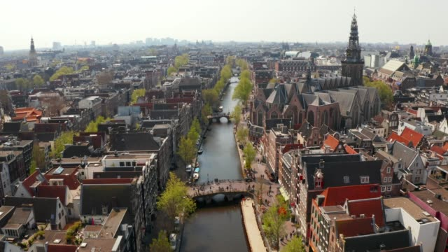 aerial view of amsterdam narrow canals - amsterdam video stock e b–roll