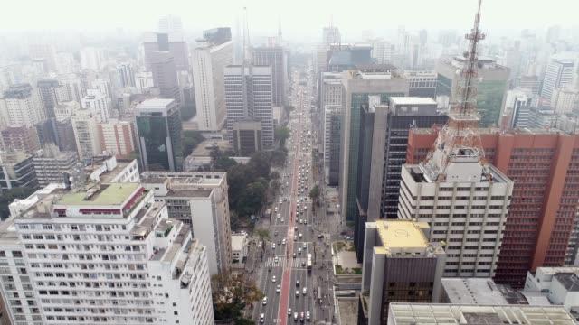 aerial view of avenida paulista, sao paulo city, brazil - são paulo video stock e b–roll