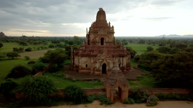 4K Aerial view of Bagan archeological zone, Myanmar Drone shot aerial view of Bagan archeological zone with ancient temples buddhist religion in greenery landscape shot in 4K resolution October nature travel destinations concept bagan stock videos & royalty-free footage