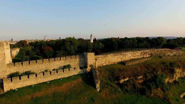 aerial view of belgrade fortress and the belgrade victor statue - serbia video stock e b–roll