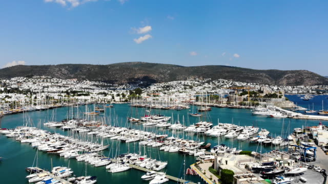 aerial view of bodrum yacht marina - isole egee video stock e b–roll