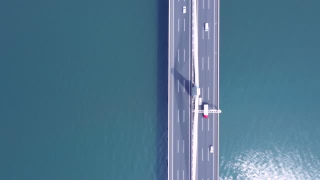 aerial view of bridge - most konstrukcja wzniesiona przez człowieka filmów i materiałów b-roll