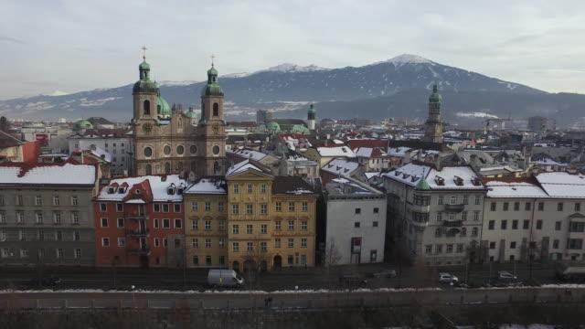 aerial view of buildings in innsbruck - stato federato del tirolo video stock e b–roll
