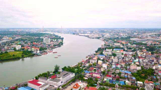 aerial view of chao phraya river at bangkok in thailand - fiume chao phraya video stock e b–roll
