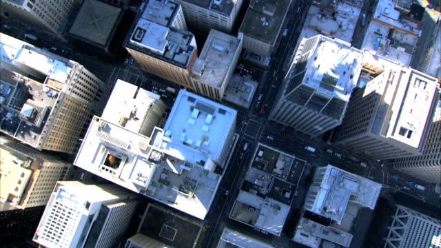 Vista aérea de la ciudad, edificios - vídeo