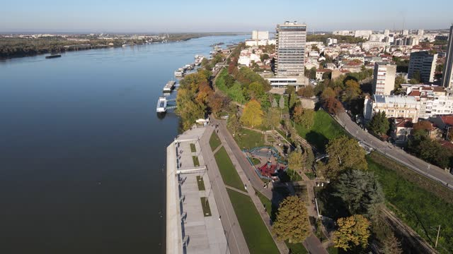 flygfoto över floden donau som passerar nära staden ruse och floden donau - bulgarien bildbanksvideor och videomaterial från bakom kulisserna