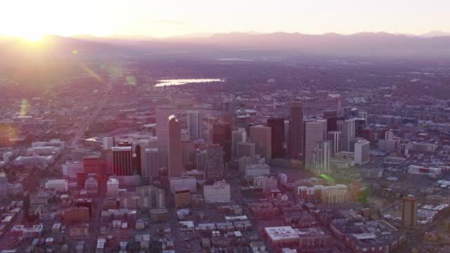 デンバーの夕暮れ空撮 - コロラド州点の映像素材/bロール