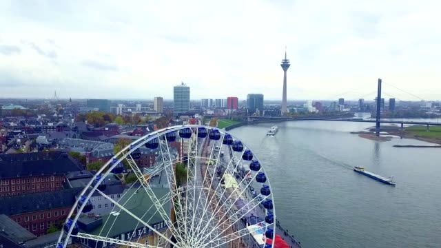luftaufnahme von düsseldorf - deutschland - köln stock-videos und b-roll-filmmaterial