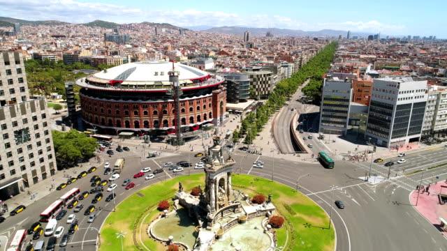 luftaufnahme von d ' espanya platz barcelona spanien - spanien stock-videos und b-roll-filmmaterial