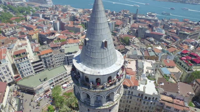 vídeos de stock e filmes b-roll de aerial view of galata tower in istanbul - istambul
