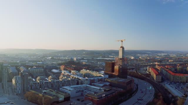flygfoto över göteborgs stad vid solnedgången - gothenburg bildbanksvideor och videomaterial från bakom kulisserna