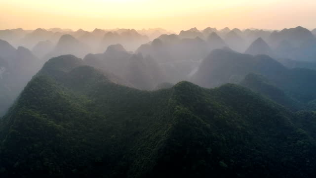 aerial view of guangxi - jungle стоковые видео и кадры b-roll