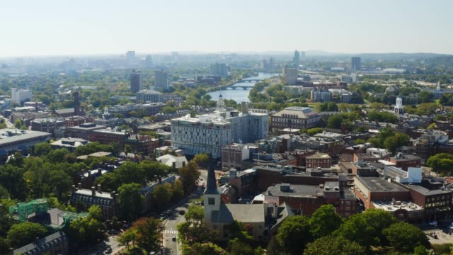 aerial view of harvard university in cambridge - nord europeo video stock e b–roll