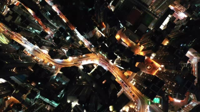 aerial view of hong kong.top view of the city at night - центральный район стоковые видео и кадры b-roll