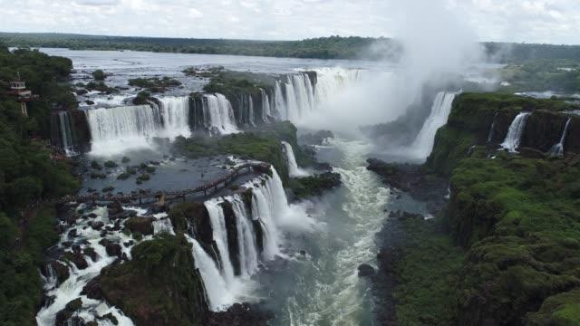 aerial view of iguaçu's waterfalls, a tourism point of foz do iguaçu, brazil and of misiones, argentina. great landscape. - argentyna filmów i materiałów b-roll