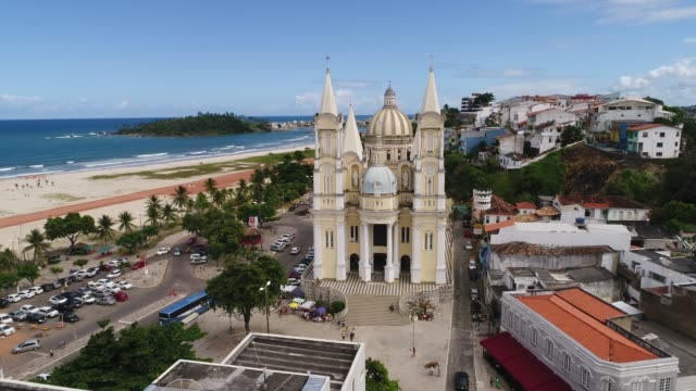 vídeos y material grabado en eventos de stock de vista aérea de ilheus en bahia, brasil - bahía