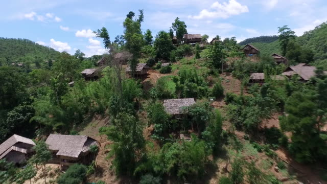 aerial view of itutha evacuation center in myanmar - burma home do стоковые видео и кадры b-roll