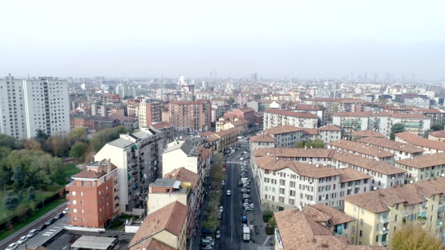 aerial view of milan, italy - lombardia video stock e b–roll