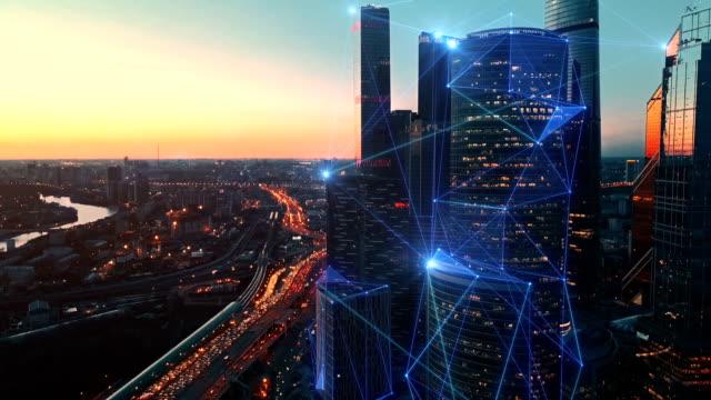 modern şehir ve iletişim ağının havadan görünümü. - kesit stok videoları ve detay görüntü çekimi