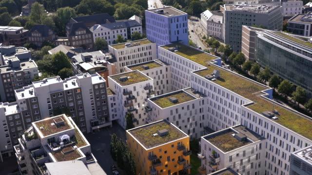 ハンブルクの近代的な住宅の空撮, ドイツ ビデオ