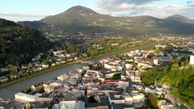 flygfoto över gamla salzburg - videor med salzburg bildbanksvideor och videomaterial från bakom kulisserna