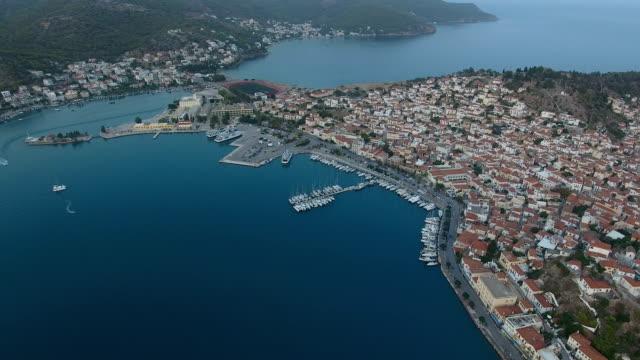 flygfoto över ön poros i grekland - poros greece bildbanksvideor och videomaterial från bakom kulisserna