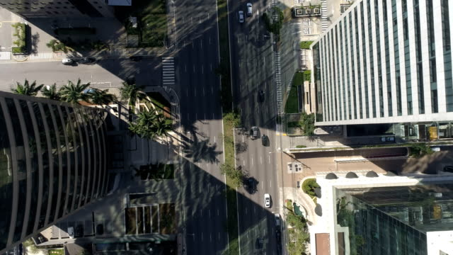 aerial view of president juscelino kubitschek avenue in são paulo - são paulo video stock e b–roll