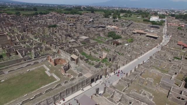 aerial view of ruins of pompeii, italy - coloniale video stock e b–roll