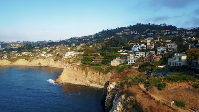 vidéos et rushes de vue aérienne de la côte de san diego 4k - californie du sud