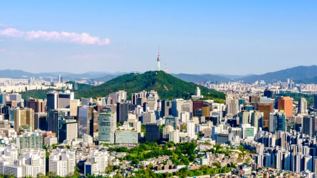 vídeos de stock e filmes b-roll de aerial view of seoul downtown cityscape and namsan seoul tower on sunset seoul, south korea. - sul