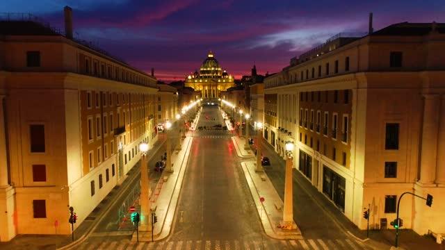 flygfoto över peterskyrkan i vatikanen vid solnedgången - påve bildbanksvideor och videomaterial från bakom kulisserna