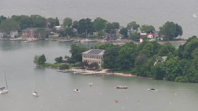 伊利湖直布羅陀島石實驗室鳥瞰圖 - 石材 個影片檔及 b 捲影像