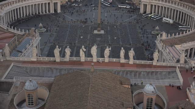 utsikt över st. peters-torget med omgivningar, rom, vatikanen. - peter the apostle bildbanksvideor och videomaterial från bakom kulisserna