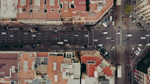 Luftbild der Straße mit Autos in Barcelona – Video