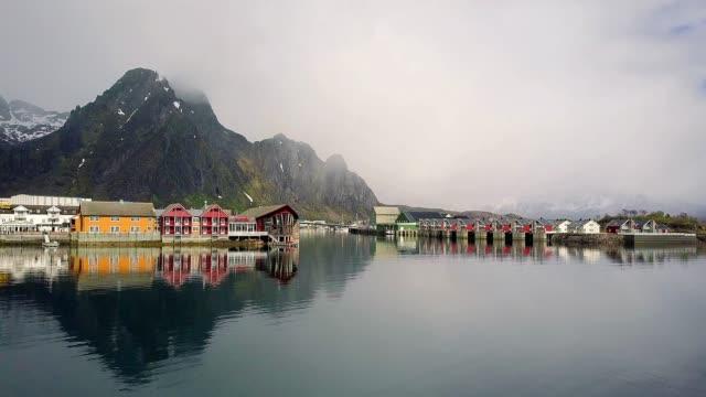 vídeos de stock e filmes b-roll de aerial view of svolvaer norway - lofoten