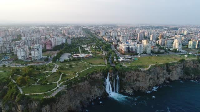 aerial view of the antalya city - турция стоковые видео и кадры b-roll