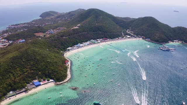 Aerial view of the beach with beautiful sea on Koh larn island in Pattaya City Thailand Aerial view of the beach with beautiful sea on Koh larn island in Pattaya City Thailand pattaya stock videos & royalty-free footage