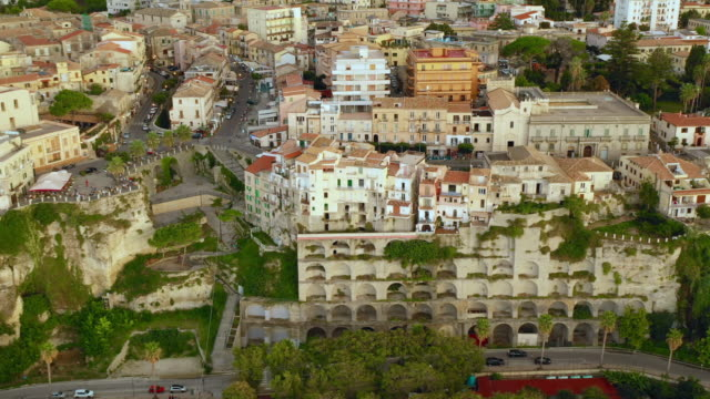 aerial view of the city - video di tropea video stock e b–roll