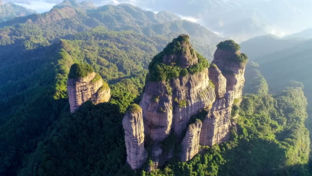 danxia 山の空中写真 - 広東省点の映像素材/bロール
