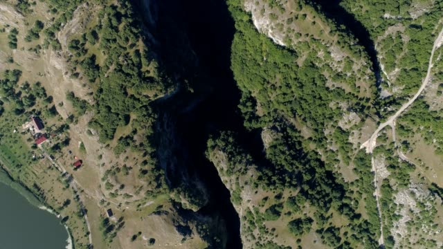 Aerial view of the narrow canyon Nevidio video