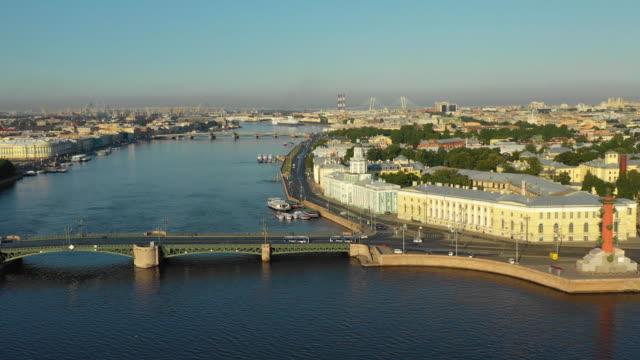 aerial view of the neva river, palace bridge and kunstkamera - san pietroburgo russia video stock e b–roll