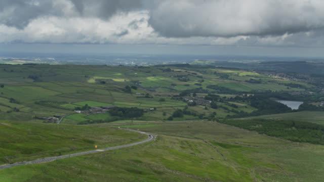 Vue aérienne du Peak District, Angleterre - Vidéo