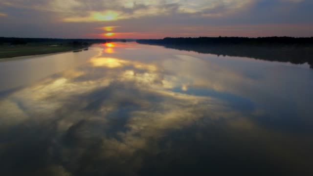 aerial view of the potomac river at sunset dusk in maryland - canale video stock e b–roll