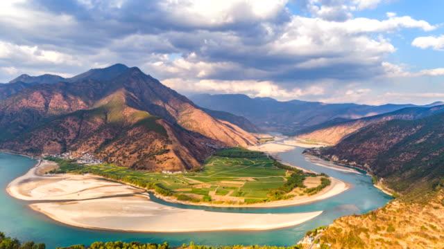 vídeos y material grabado en eventos de stock de vista aérea del río yangtze - lapso de tiempo - río yangtsé