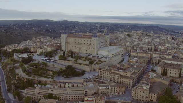 luftaufnahme von toledo stadt - kanton bern stock-videos und b-roll-filmmaterial