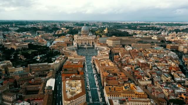 vatikan havadan görünümü - vatikan şehir devleti stok videoları ve detay görüntü çekimi