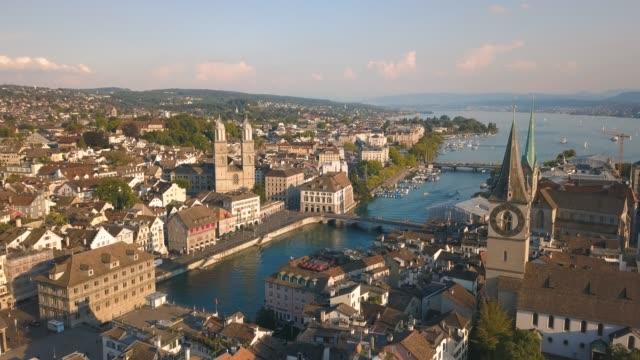 vídeos de stock e filmes b-roll de aerial view of zurich - suíça