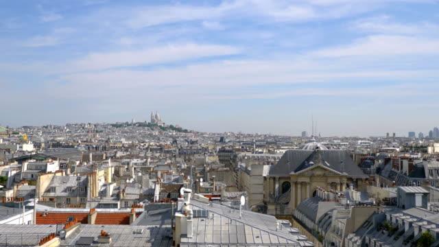 flygfoto på paris i 4 k slow motion - basilika katedral bildbanksvideor och videomaterial från bakom kulisserna