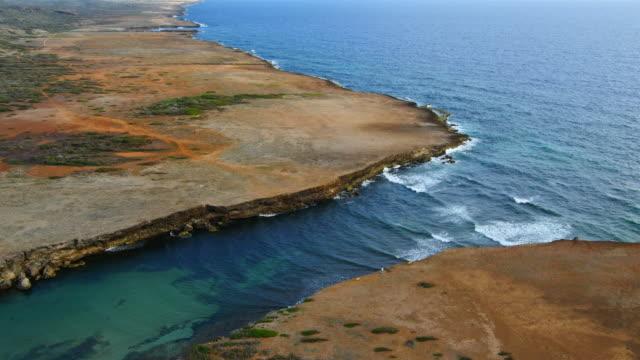 Luftaufnahme über Boka Ascension - Nord Küste von Curaçao – Video