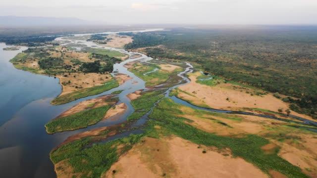 ザンベジ川の上空からの眺め、ザンビア ビデオ